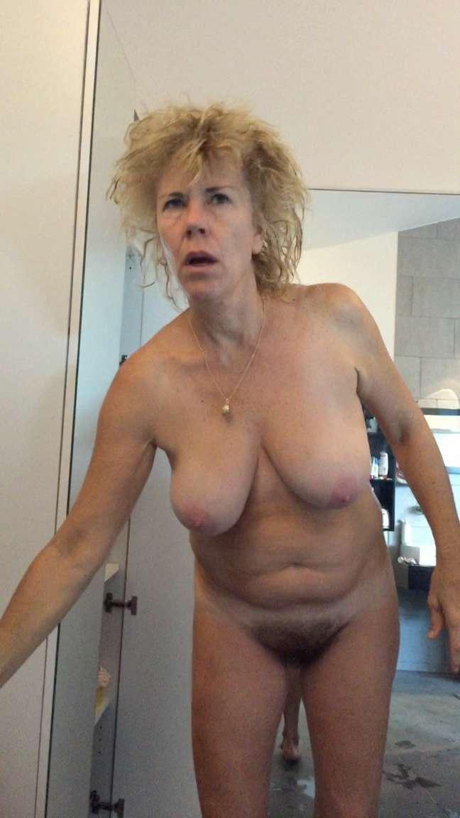 vieille gros seins (3)