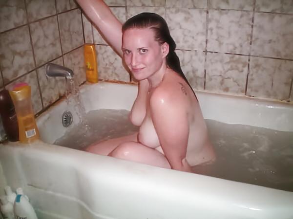 amatrice nue baignoire (14)