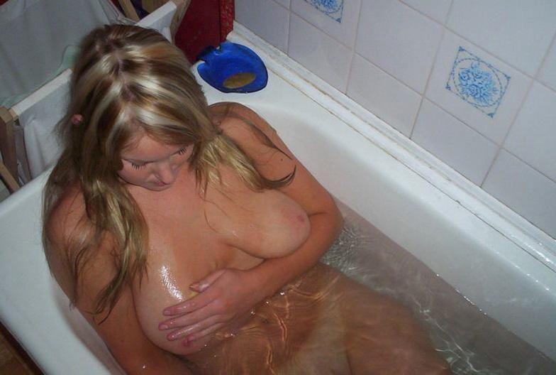 amatrice nue baignoire (20)