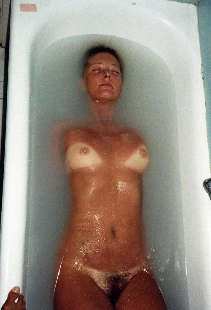 amatrice nue baignoire (27)