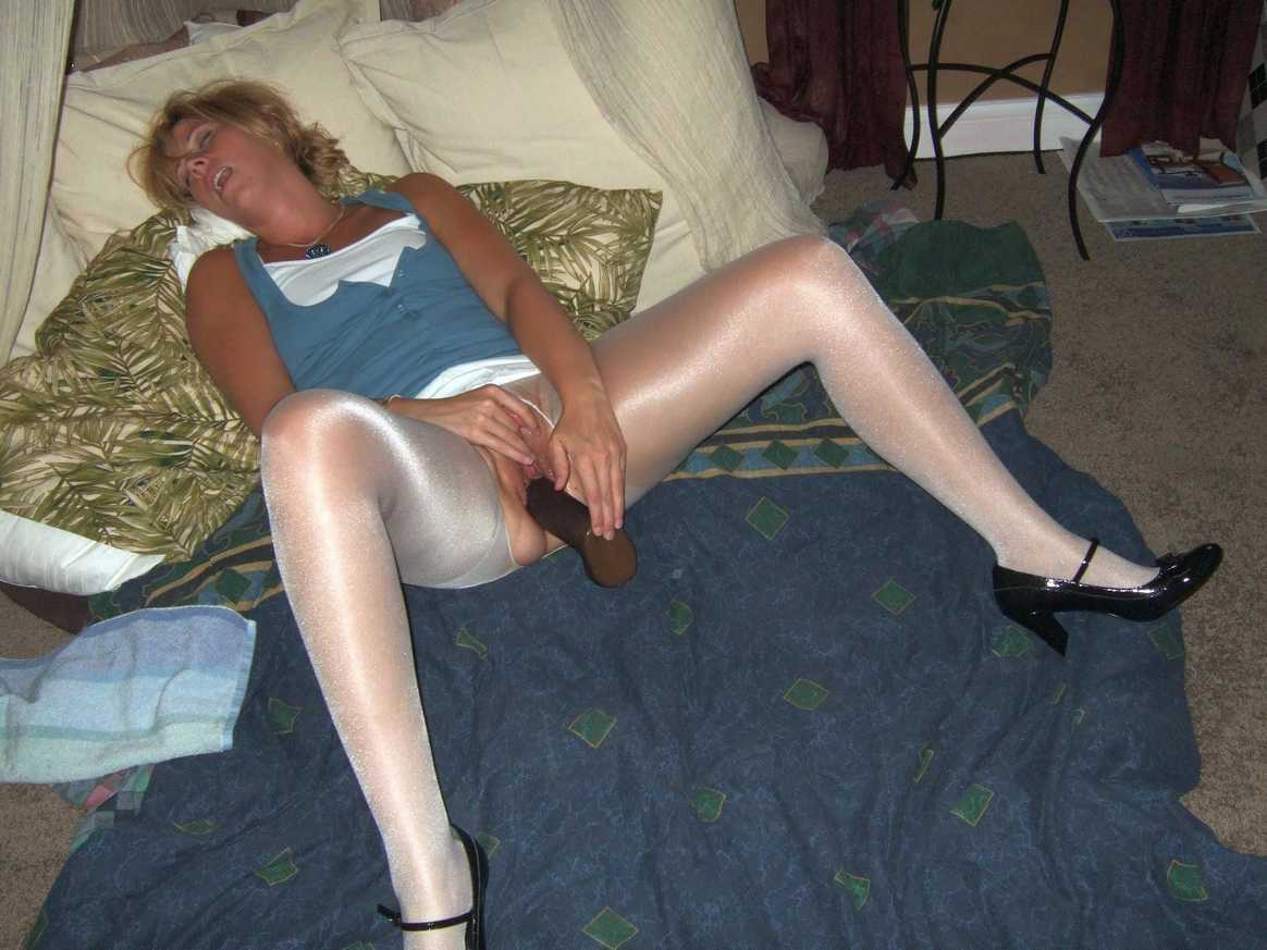 amatrice nue sextoys (3)