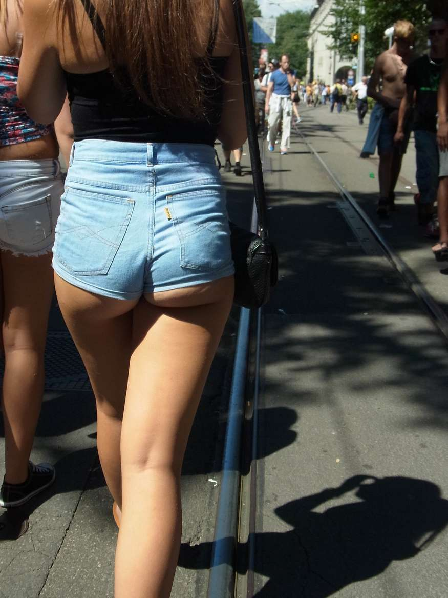 Cul sexy dans un short booty