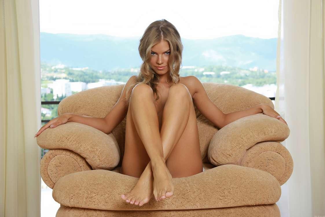 blonde nue bonasse sexy (103)