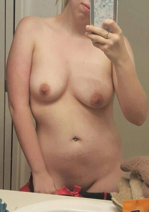 blonde nue selfshot (13)