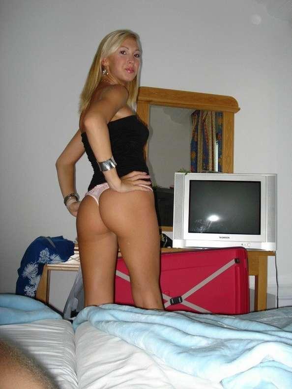 blonde sexy seins nus (108)