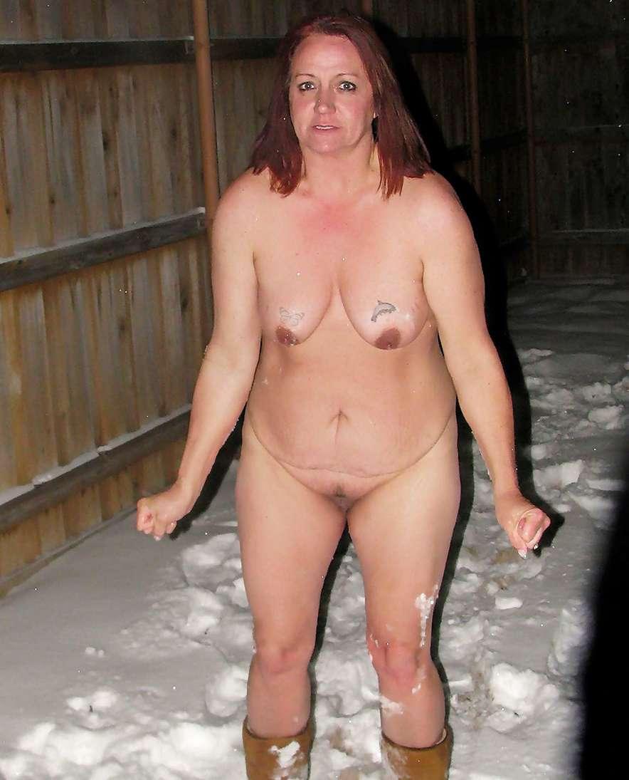 femme mure nue neige (4)