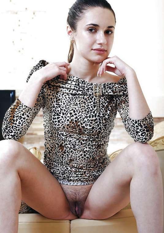 fille nue en bas (16)