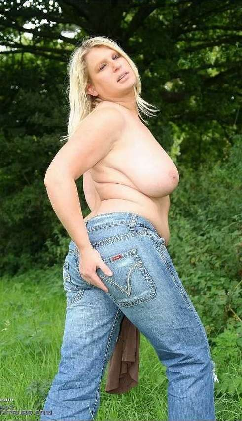 Chubby girl jeans can