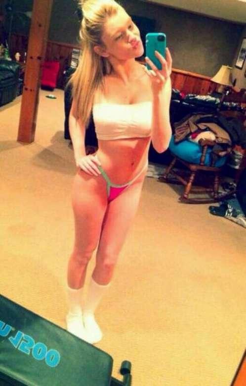 jeune blonde bonasse (4)