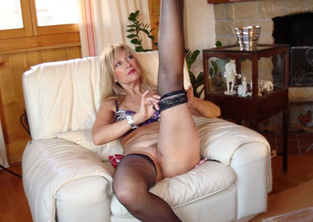 mature women prono