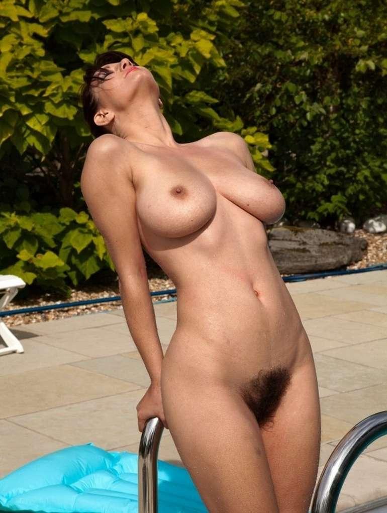 Lily labeau lesbian