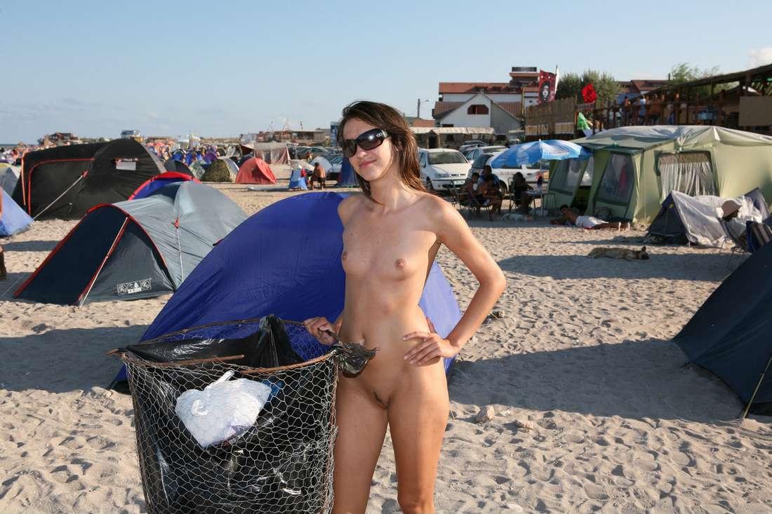 roumaine nue plage (125)