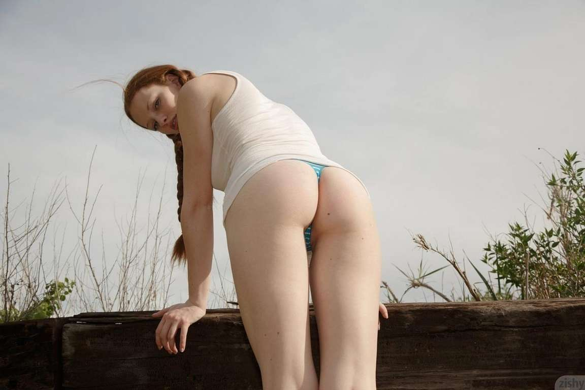 rousse nue outdoor (11)
