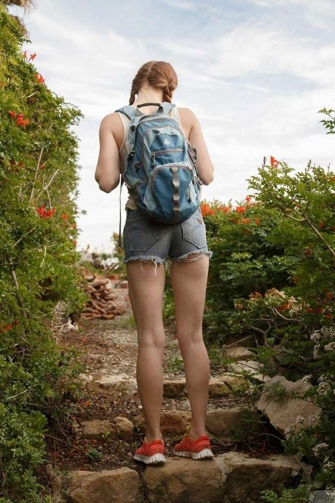 rousse nue outdoor (2)