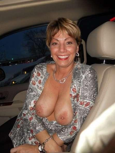 Galeries de bronzage nues gratuites
