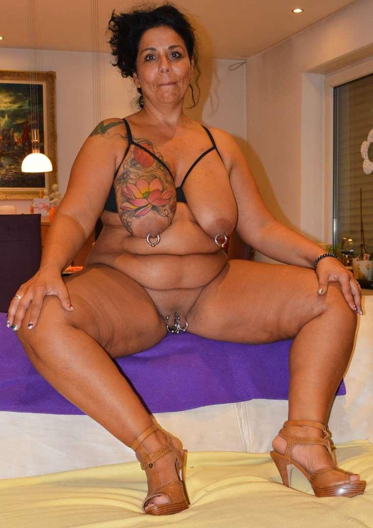 salopes tahitiennes grosse pute nue