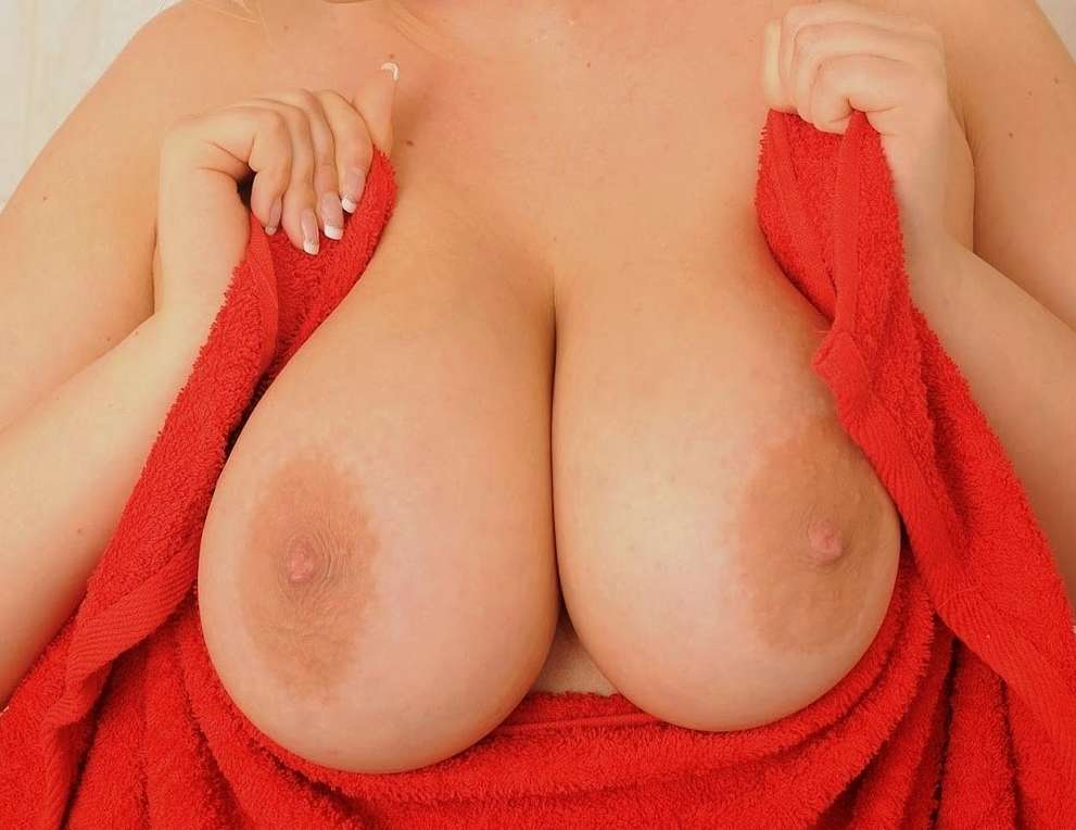 big tits close up (16)