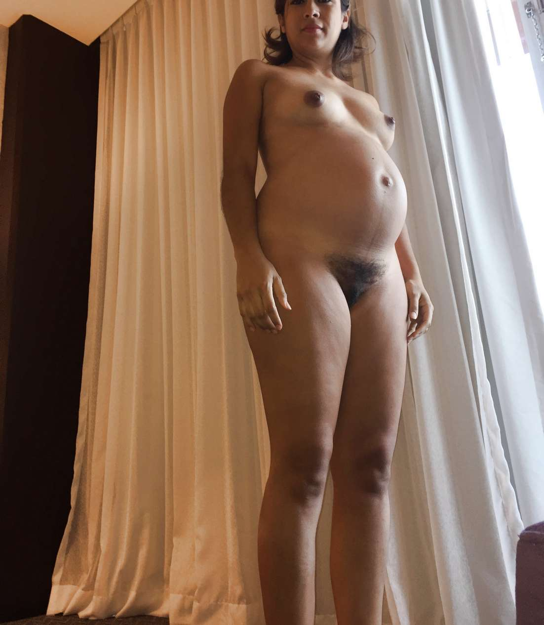 mexicaine poilue enceinte (117)