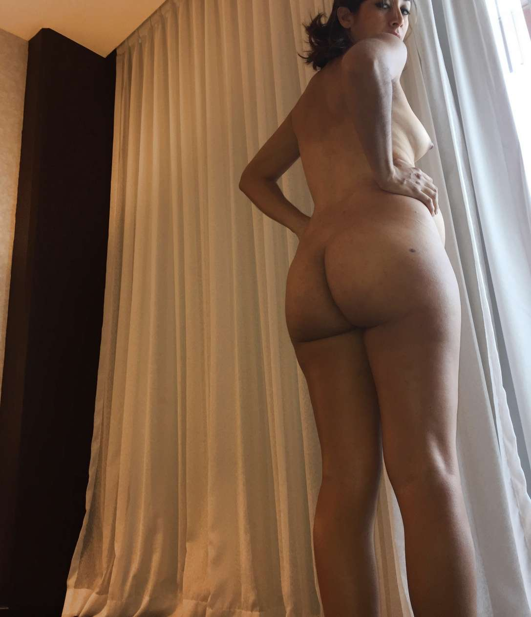 mexicaine poilue enceinte (127)