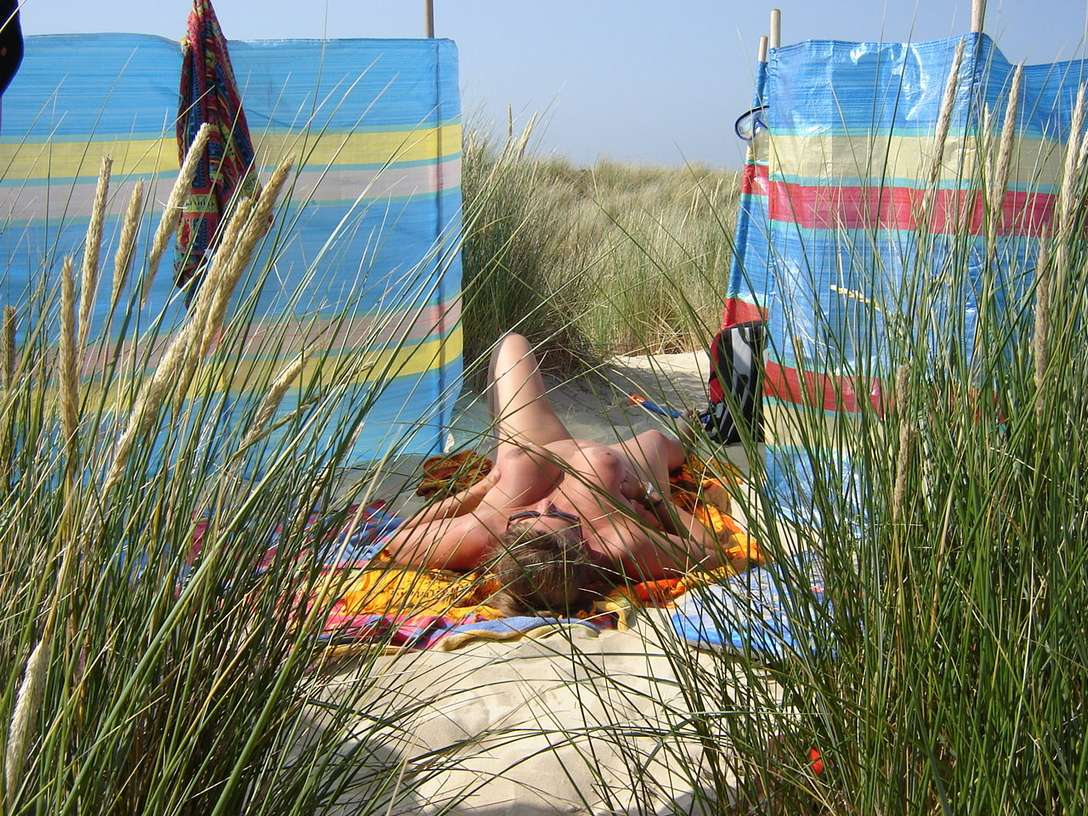 sexe plage baise pipe (2)