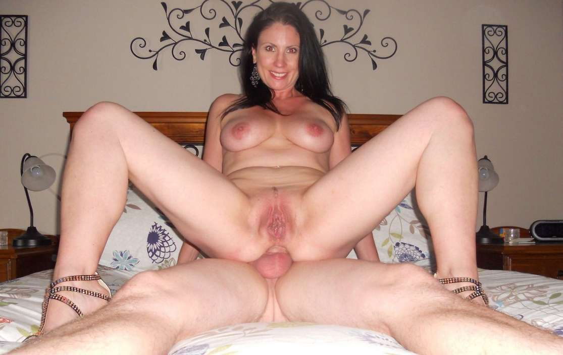 40 mom laurie la vaughn and her bbc friend 10