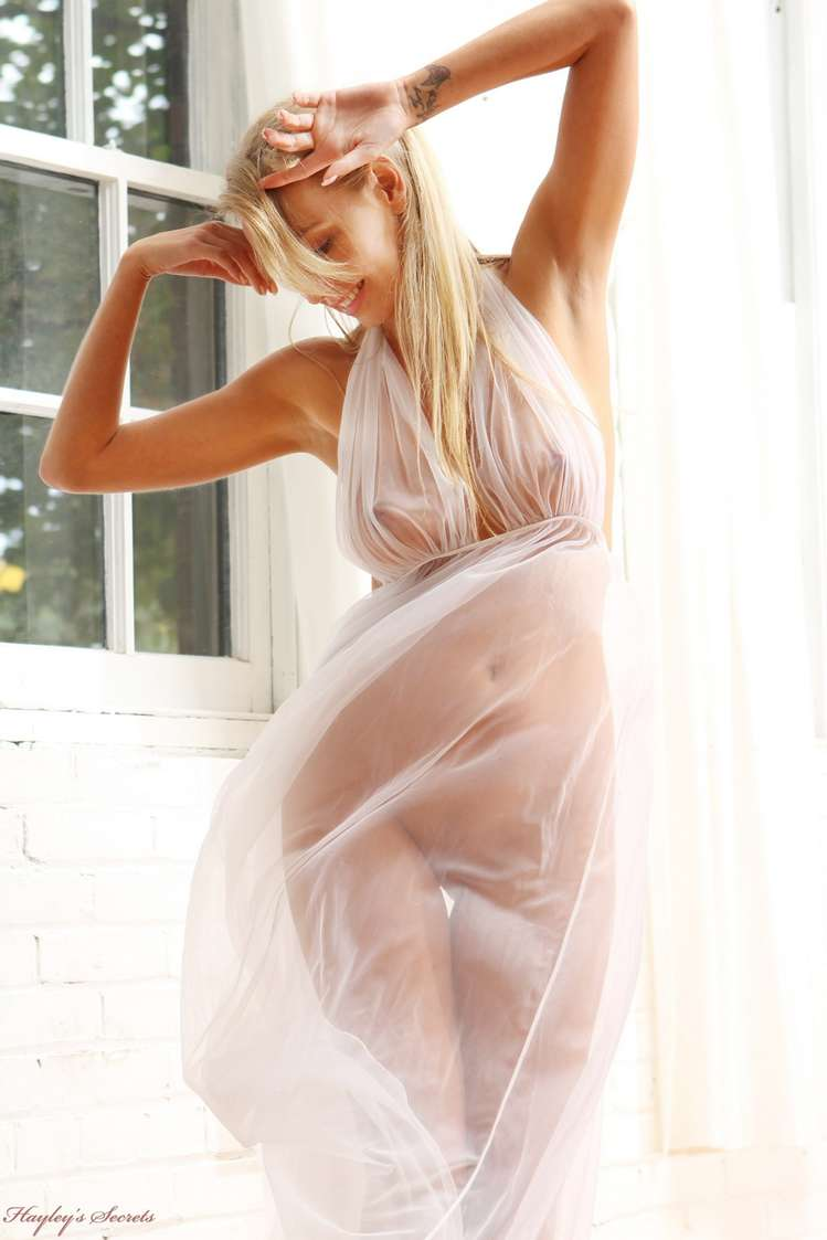 vraie blonde nue sexy (109)