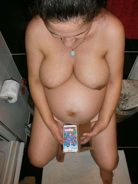 amatrice enseinte nue (119)