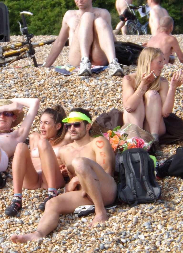 amatrice naturiste nue bronzage (10)