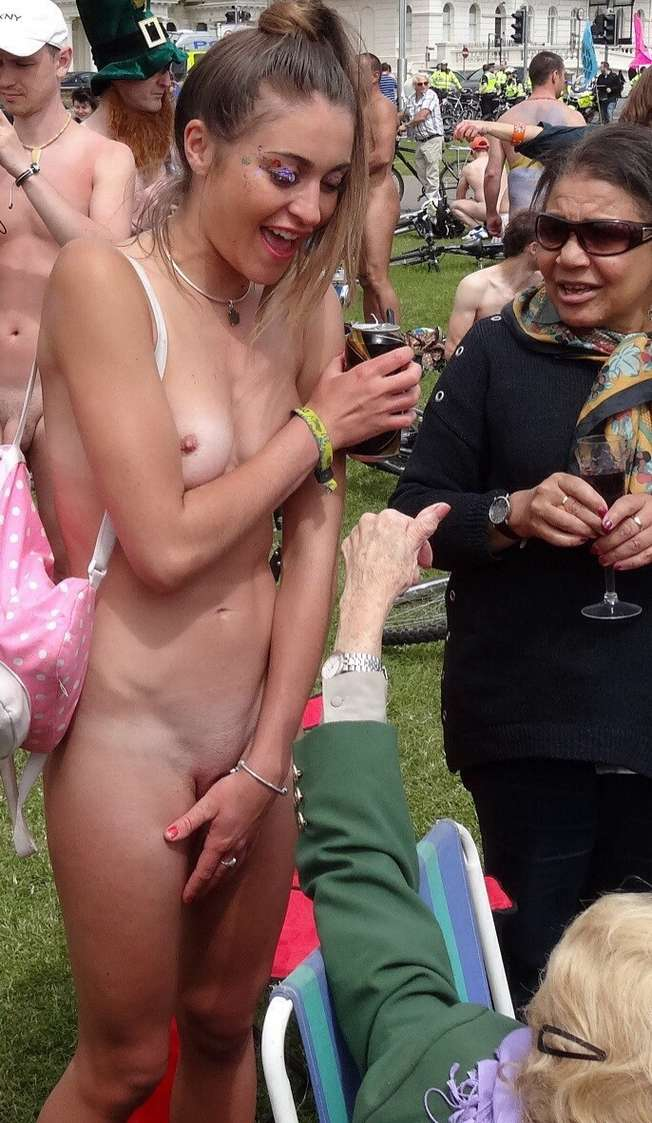 amatrice naturiste nue bronzage (2)