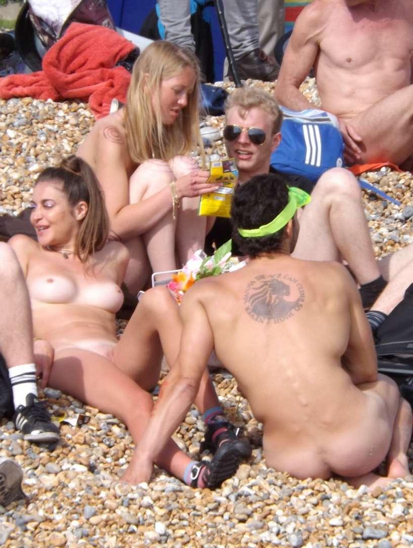 amatrice naturiste nue bronzage (5)