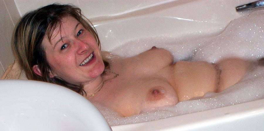 amatrice nue bain (17)
