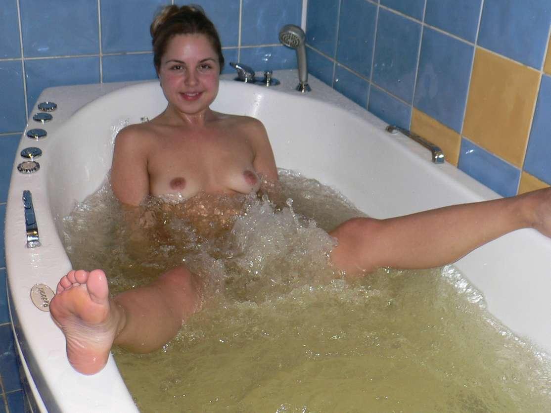 amatrice nue bain (3)