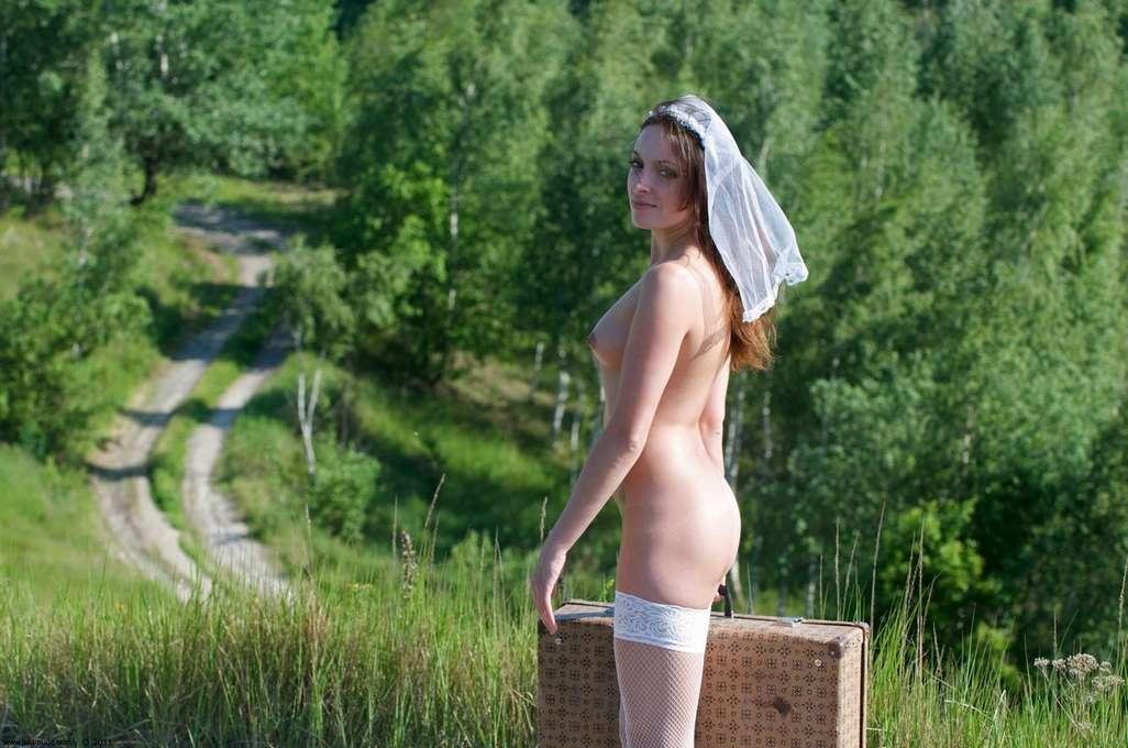 autostoppeuse nue sexy (18)