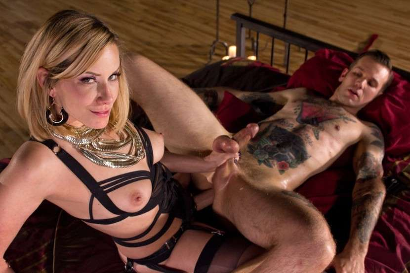 Filles blondes enculeuses d'hommes ! - 4plaisir.com