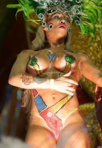 Фото сексуальных бразильских женщин престарелому кузьмичу