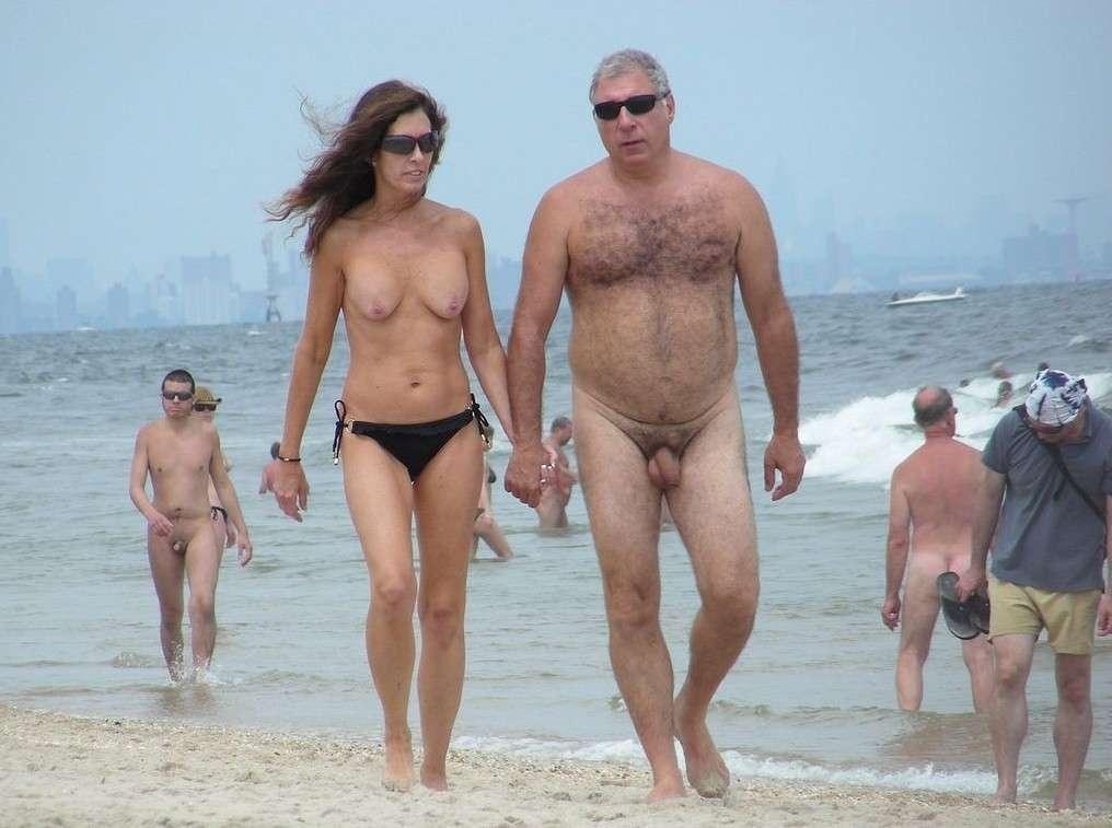 couple nue plage (24)