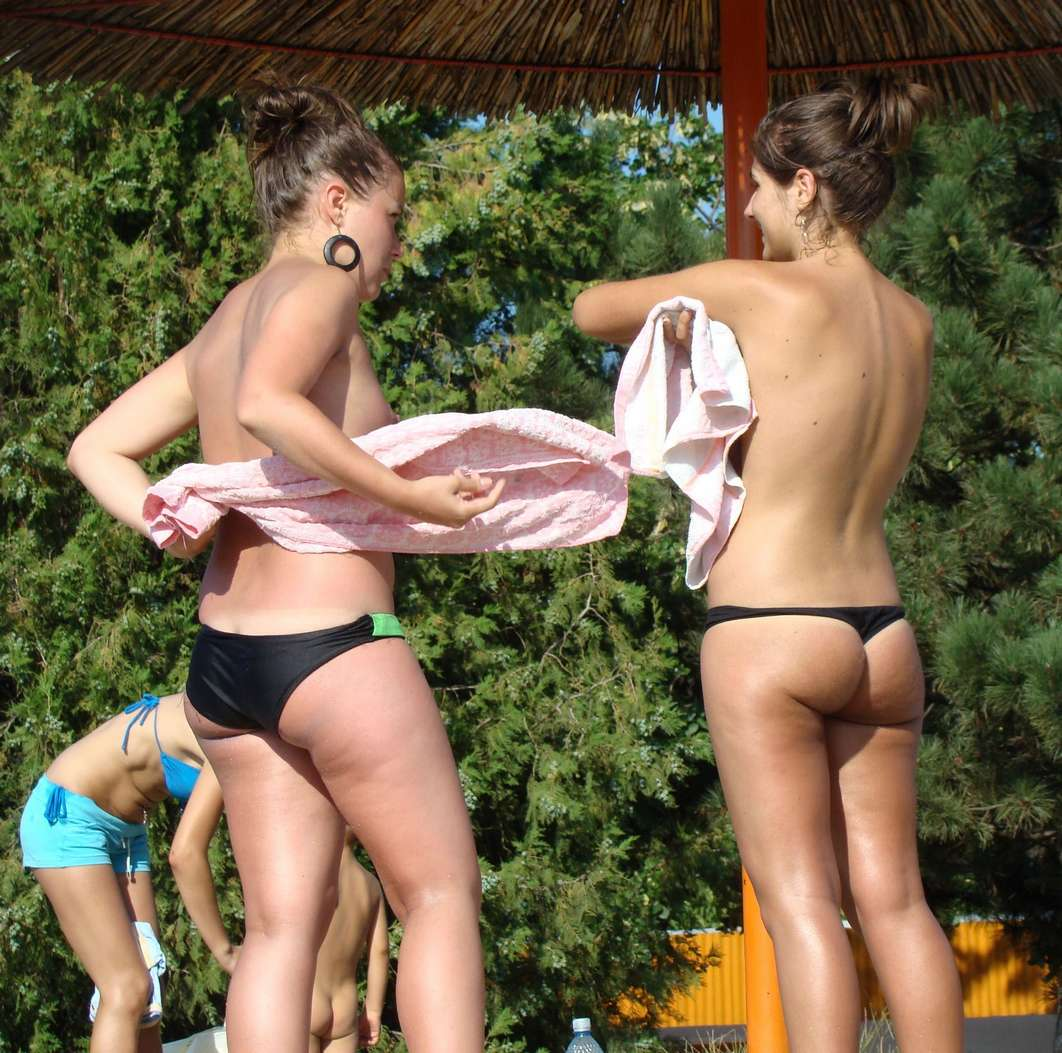 cul bikini bandant (3)
