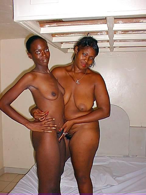 Aficionados negros expuestos desnudos