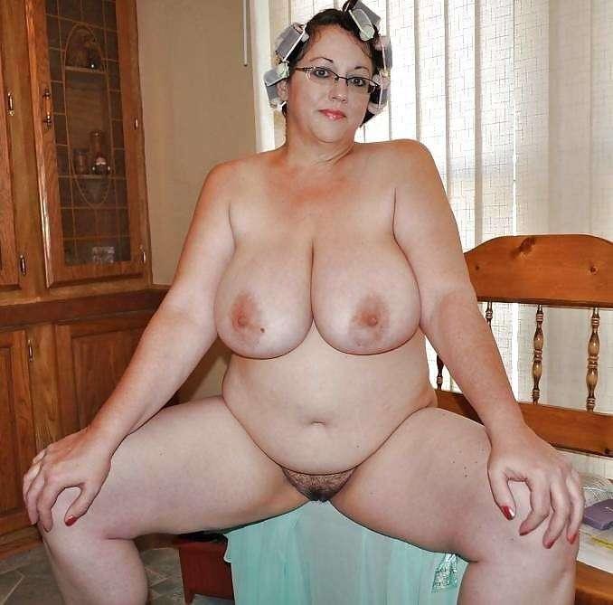 пышнотелые мамаши фото голые