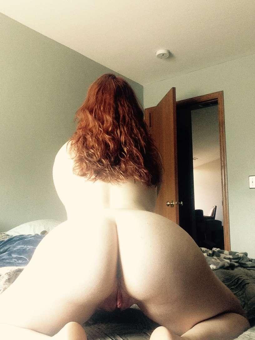 fille blanche grosses fesses (24)