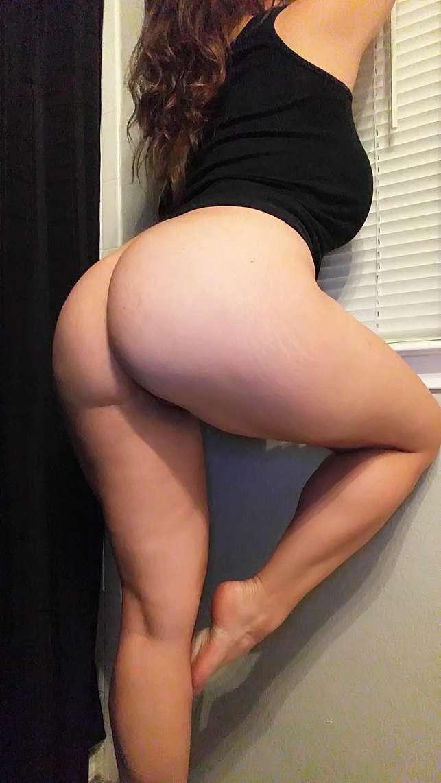 fille blanche grosses fesses (25)