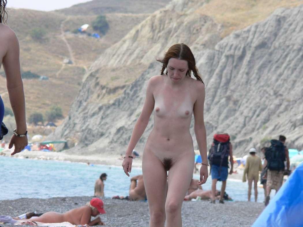 Topless sur la plage de tres beau gros seins a mater - 3 part 8