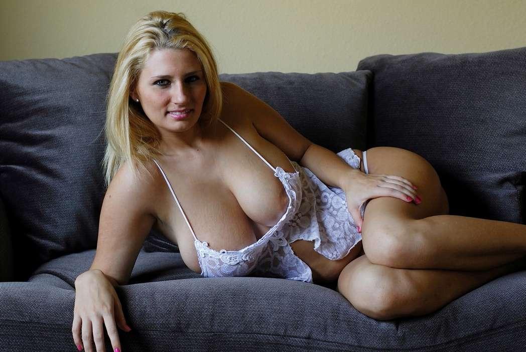 gros seins decolette sexy (2)