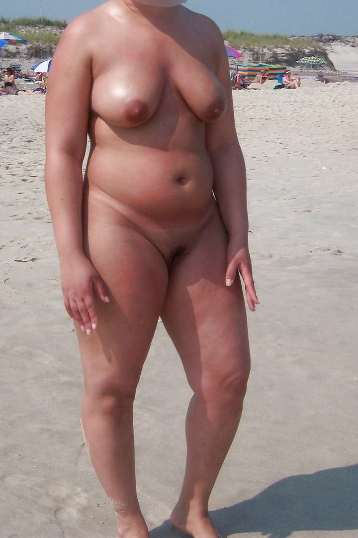 grosse mature nue plage (103)