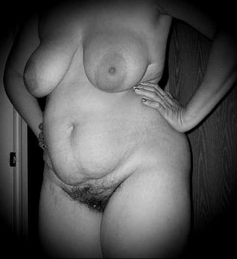 les grosses salope femme poilu de la chatte