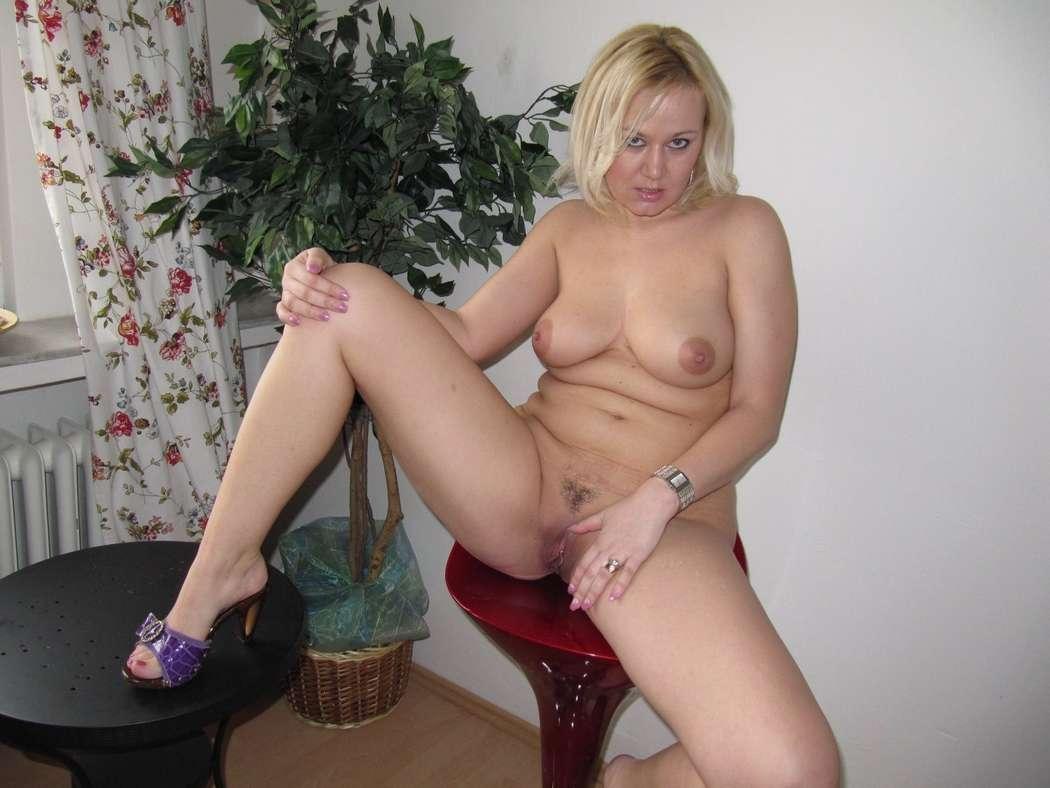 maman blonde bonasse nue (120)