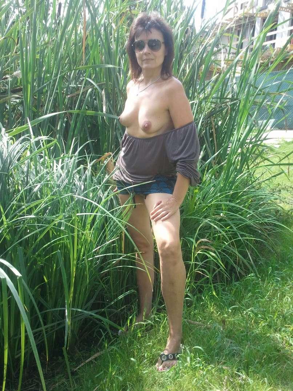 Les gros seins de ma femme qui sort de la douche - 1 part 9