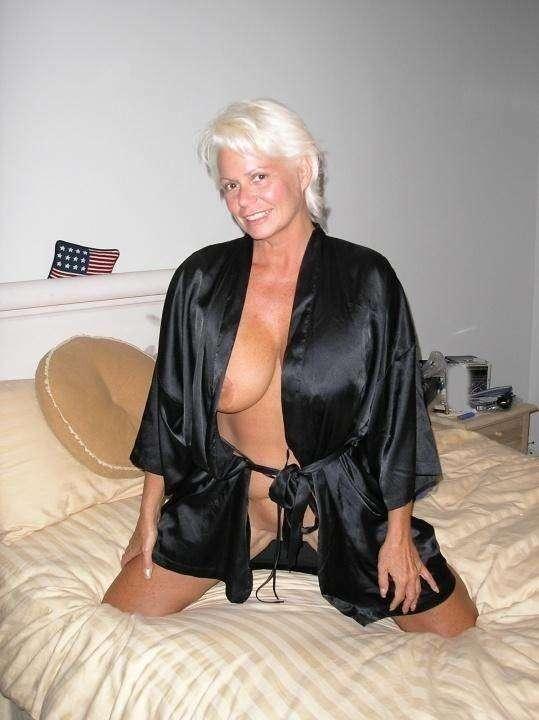 mature gros seins nue (19)