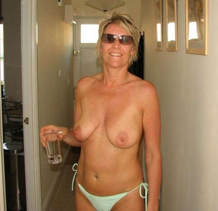 tenue salope mature sexy nue