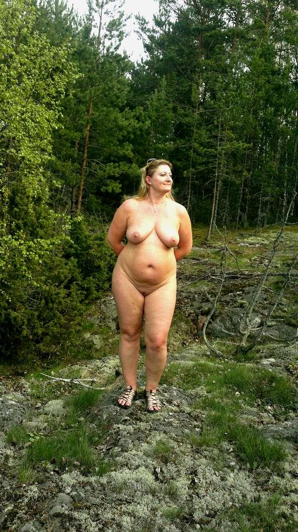 Des Femmes Qui Adorent Vivre Nues Et Sexhiber - 4Plaisircom-7303